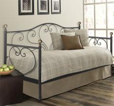 Sofas cama catalogo online forja beltran decoracion y muebles for Modelos de divanes